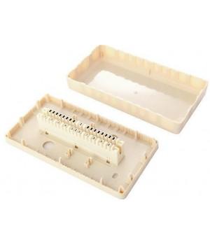 Коробка настенная с установленным плинтом